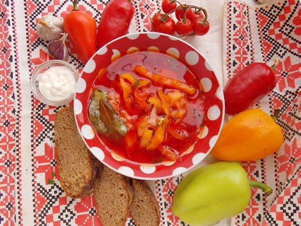 Борщ з болгарським перцем